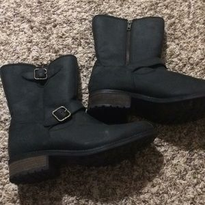 Black moto boot by Ugg size 10. Brand new.